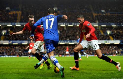"""Chelsea muốn bất bại phải """"bắt nạt"""" được MU - 2"""