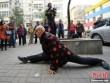 Cụ ông 96 tuổi có khả năng uốn dẻo phi thường