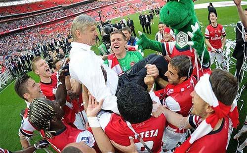 """""""Arsenal cần một thủ lĩnh để thành công"""" - 1"""