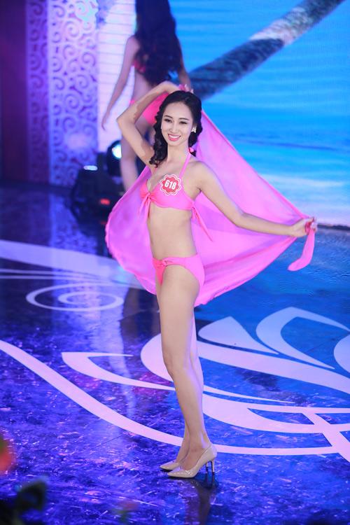 Ngây ngất ngắm thí sinh Hoa hậu VN 2014 diện bikini - 9