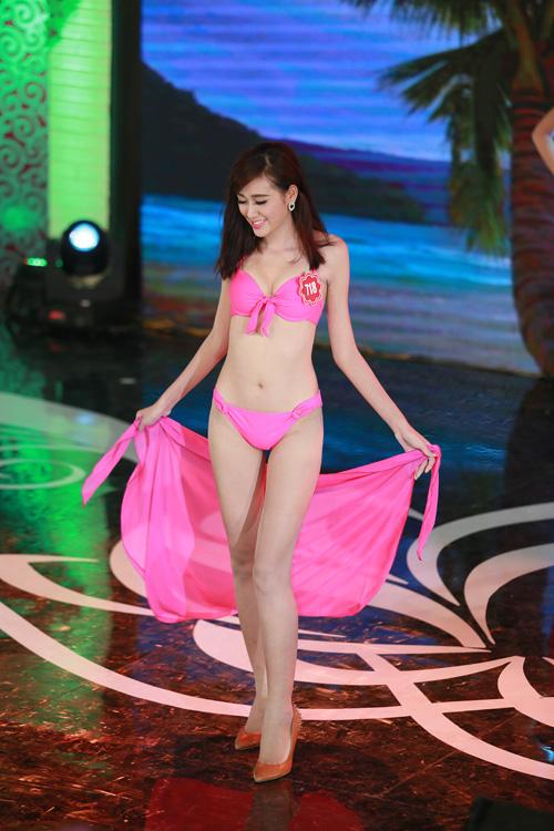 Ngây ngất ngắm thí sinh Hoa hậu VN 2014 diện bikini - 17