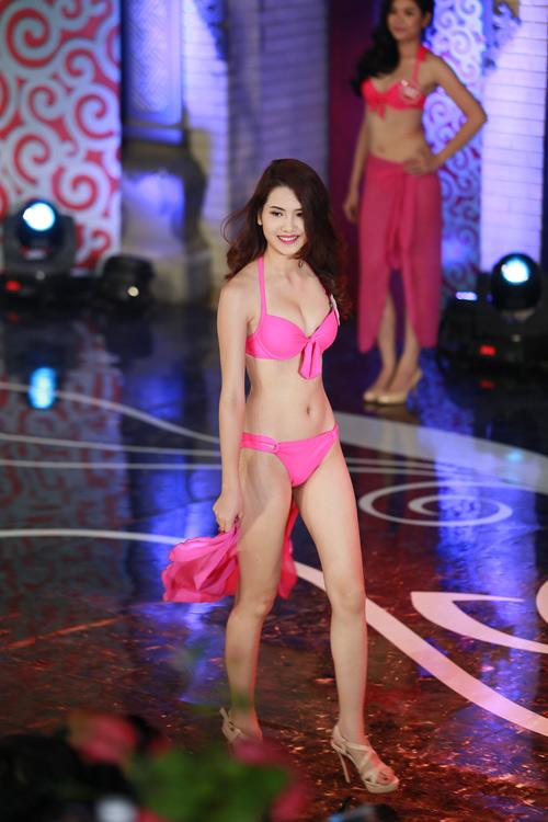 Ngây ngất ngắm thí sinh Hoa hậu VN 2014 diện bikini - 3