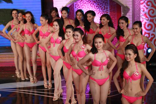 Ngây ngất ngắm thí sinh Hoa hậu VN 2014 diện bikini - 20