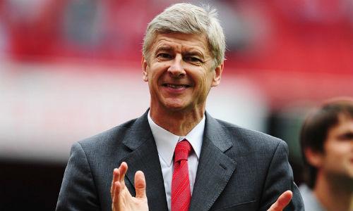 Messi suýt gia nhập Arsenal trong mùa hè - 2