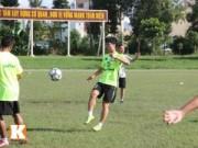 U21 Việt Nam - U19 HAGL: Anh em so tài
