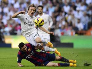 Modric thừa nhận Real đã rất sợ hãi khi gặp Barca