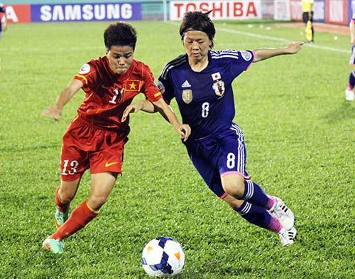 HLV ĐT nữ VN: Đừng tiếc nuối vì Nhật Bản quá mạnh - 1