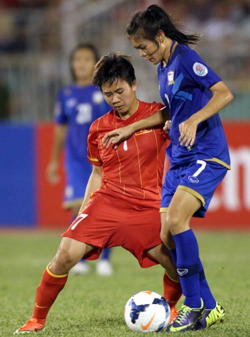 ĐT nữ Việt Nam thua Thái Lan về mọi mặt - 1