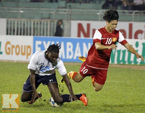 U19 VN thua U19 Tottenham: Đòn đau đúng lúc - 2