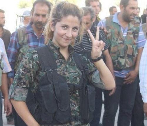 """Sự thật về """"thiên thần Kobani"""" giết 100 phiến quân IS - 1"""