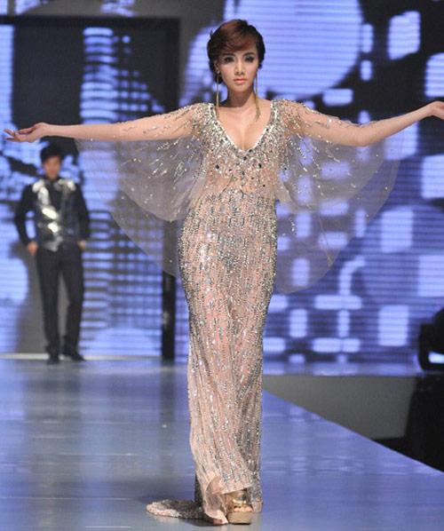 Trang Nhung làm mỹ nữ Victor Vũ - 1
