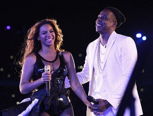 Beyonce khoe video khi mang bầu - 2