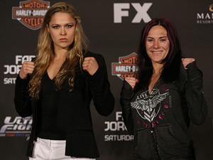 UFC: Người đẹp Rousey lên lịch thượng đài cùng Zingano