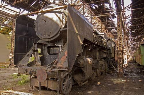 Bên trong nghĩa địa tàu hỏa ở châu Âu - 5