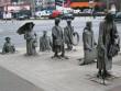 Nhìn cuộc sống qua những bức tượng