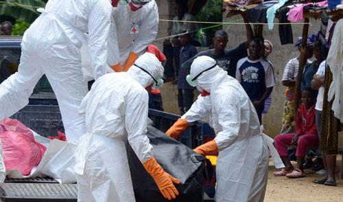 Vì sao nữ y tá gốc Việt thoát tử thần Ebola? - 3