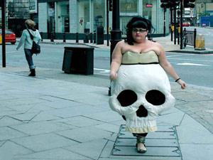 Những kiểu hóa trang Halloween không giống ai