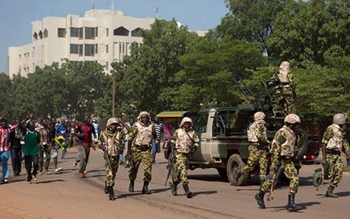 Tổng thống Burkina Faso bị quân đội lật đổ - 2