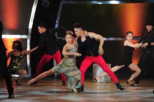 """Đoan Trang """"lấn sân"""" nhảy múa gây ấn tượng mạnh - 4"""