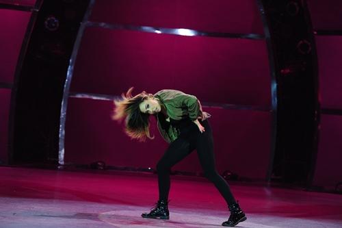 """Đoan Trang """"lấn sân"""" nhảy múa gây ấn tượng mạnh - 6"""