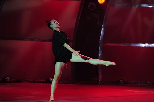 """Đoan Trang """"lấn sân"""" nhảy múa gây ấn tượng mạnh - 10"""