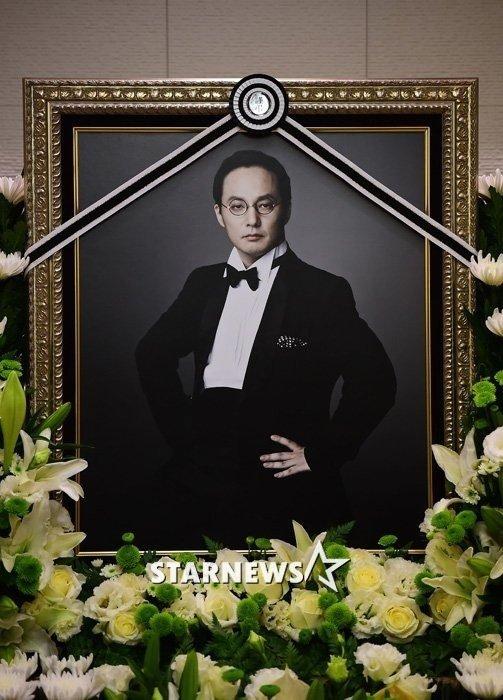 Cái chết của huyền thoại âm nhạc Hàn bị nghi ngờ - 1