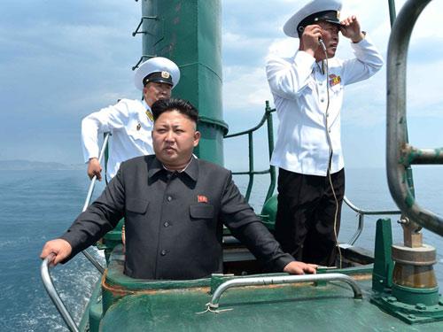 """Triều Tiên hồi sinh tàu ngầm """"đồ cổ"""" từ thời Liên Xô - 1"""