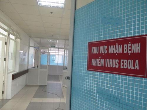 """Bệnh nhân nghi nhiễm Ebola """"lọt"""" về VN thế nào? - 1"""