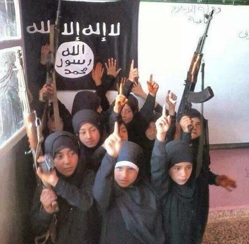 Nhiều IS thu nhỏ sẽ nở rộ trong lòng phương Tây - 3