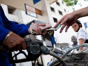 Giá xăng sẽ giảm lần thứ 9 liên tiếp?