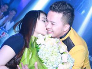 Người đẹp công khai thể hiện tình cảm với Cao Thái Sơn