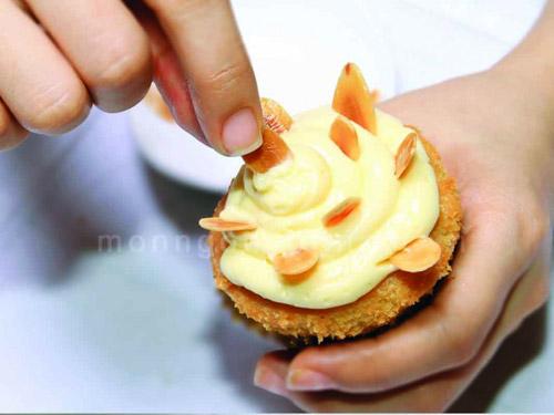 Bí quyết để cupcake hạnh nhân ngon tuyệt hảo - 3