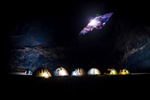 6 đêm ở hang Sơn Đoòng - Tour du lịch đắt nhất VN - 4