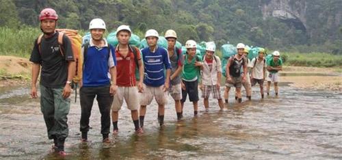 6 đêm ở hang Sơn Đoòng - Tour du lịch đắt nhất VN - 1