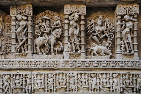 Thăm ngôi đền lạ kỳ có kiến trúc ngược - 3