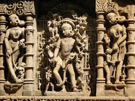 Thăm ngôi đền lạ kỳ có kiến trúc ngược - 4