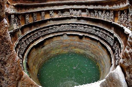 Thăm ngôi đền lạ kỳ có kiến trúc ngược - 5