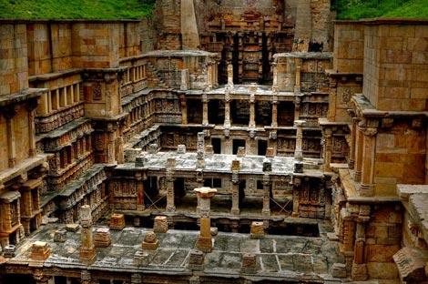 Thăm ngôi đền lạ kỳ có kiến trúc ngược - 6