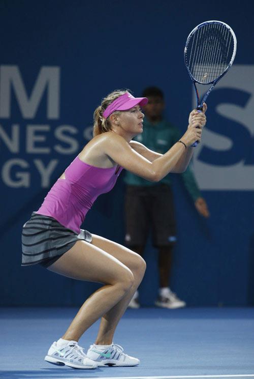 """Sharapova bị Bouchard vượt ở BXH """"tay vợt gợi cảm"""" - 1"""