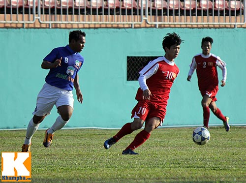 """U19 Việt Nam làm """"náo động"""" Pleiku - 8"""