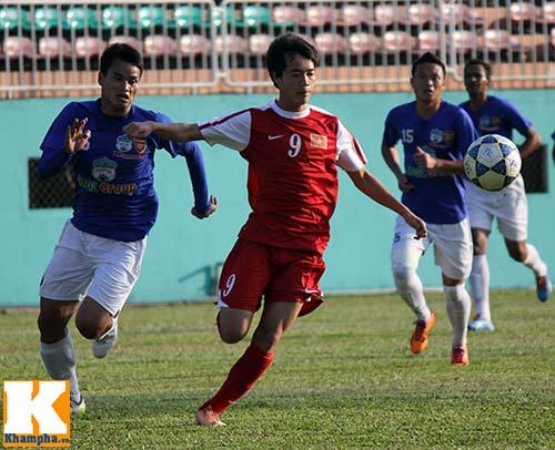 """U19 Việt Nam làm """"náo động"""" Pleiku - 9"""