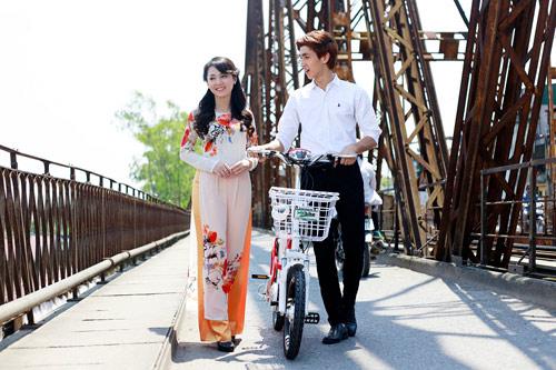 Hot girl Việt xinh đẹp trong tà áo dài - 16