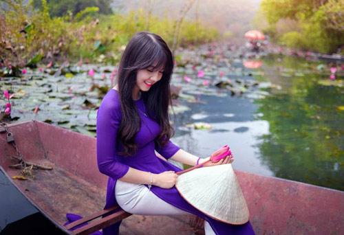Hot girl Việt xinh đẹp trong tà áo dài - 17