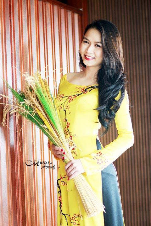 Hot girl Việt xinh đẹp trong tà áo dài - 9