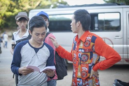 Cha con Hoài Linh đóng cảnh hành động không cần thế thân - 7