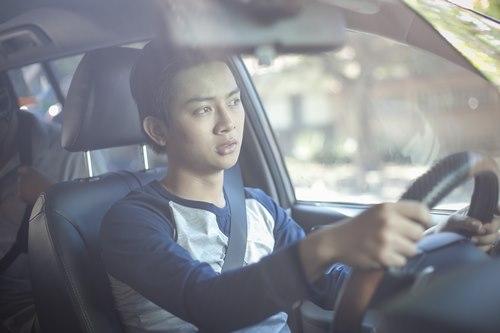 Cha con Hoài Linh đóng cảnh hành động không cần thế thân - 5