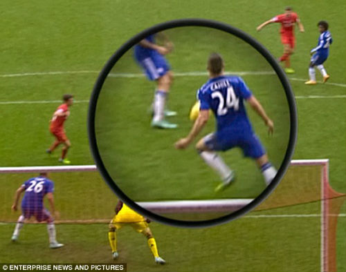 Rodgers đòi 11m, Mourinho thừa nhận Chelsea có thể thua - 1
