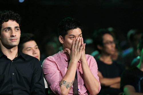 John Huy Trần bật khóc trước bài nhảy về cuộc đời mình - 6
