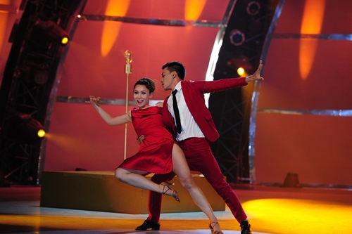 John Huy Trần bật khóc trước bài nhảy về cuộc đời mình - 13