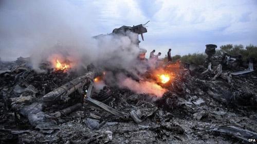 Vụ MH17: Nỗ lực tìm kiếm 9 nạn nhân vẫn đang mất tích - 2